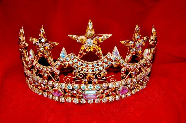 crown-1701934_640