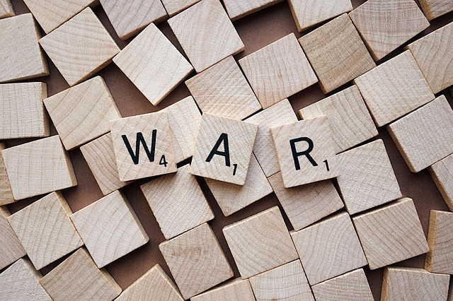 war-2362300_640